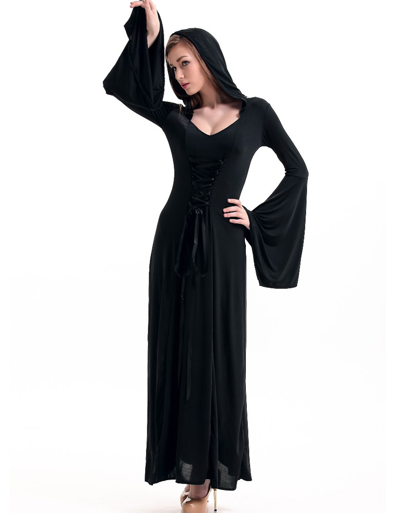 black robe summary Black robe prepared by  , go the black robe on the internet movie database film summary  both as an entertaining movie with an interesting story and as an.