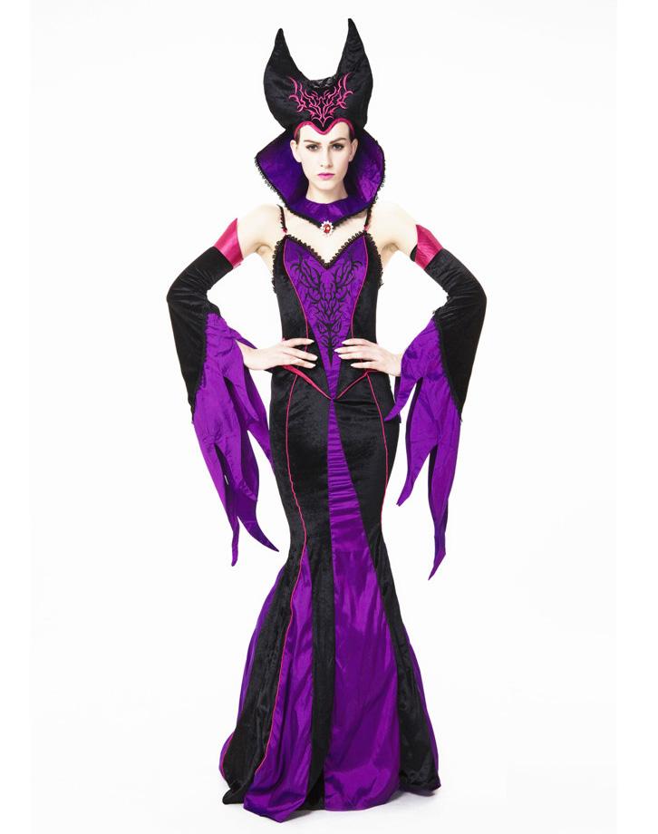 Sexy female vampire costumes